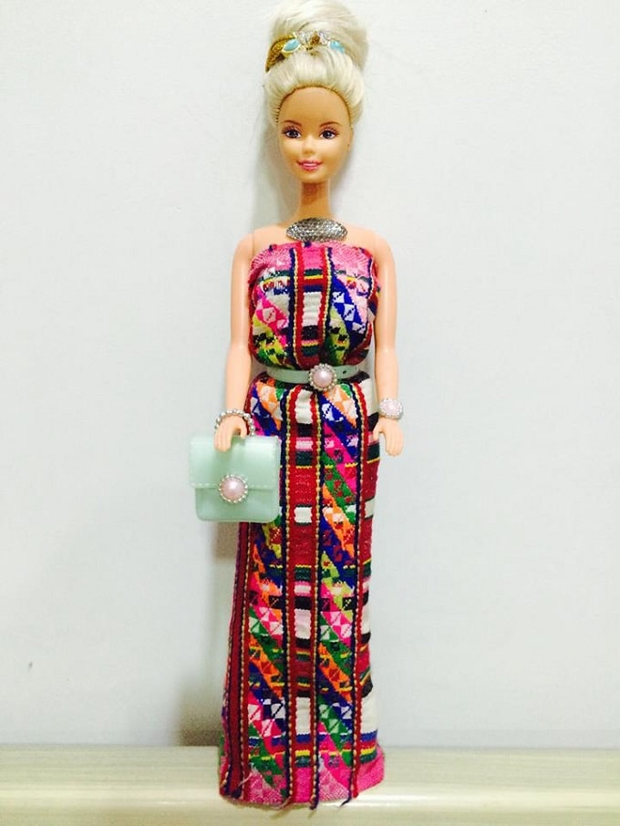 THIS MIZO GIRL GIVES HER BARBIES A MAKEOVER WITH A TRIBAL TWIST